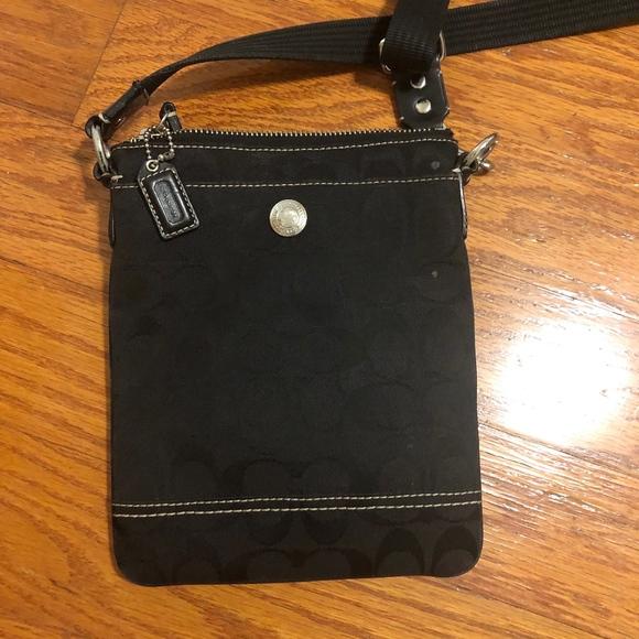 Coach Handbags - Coach Signature C Crossbody Bag